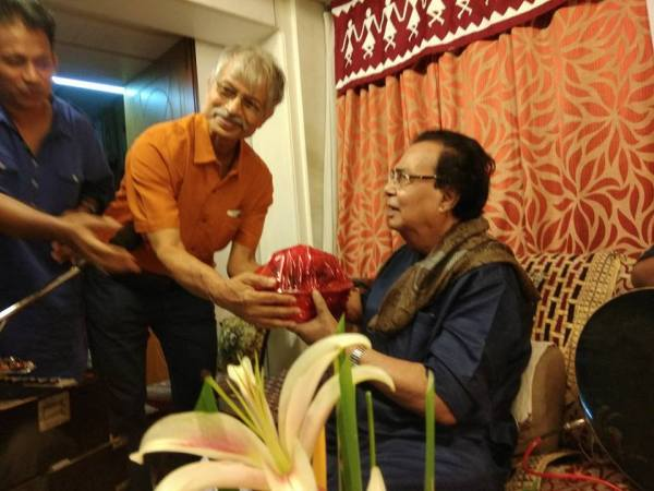 An evening with Sri Jatileswar Mukhopadhay, and his